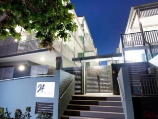 View profile: Ultra modern 2 bedroom, 2 bathroom unit