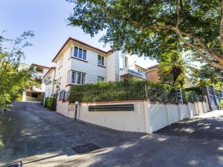 View profile: $430.00pw - In the heart of everything